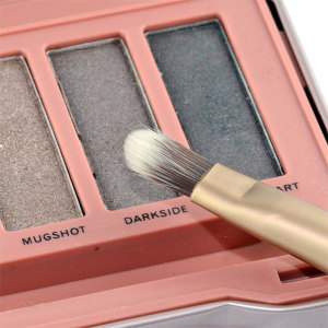 Urban Decay Naked3 mit Pinsel