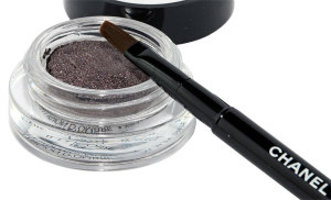 Chanel Illusion D'Ombre mit Pinsel