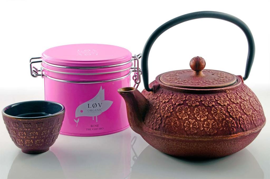 Lov-Organic-Tee mit Teekanne