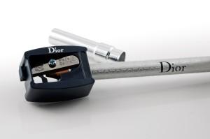 Mitgelieferter Spitzer für den Dior Sourcils Poudre