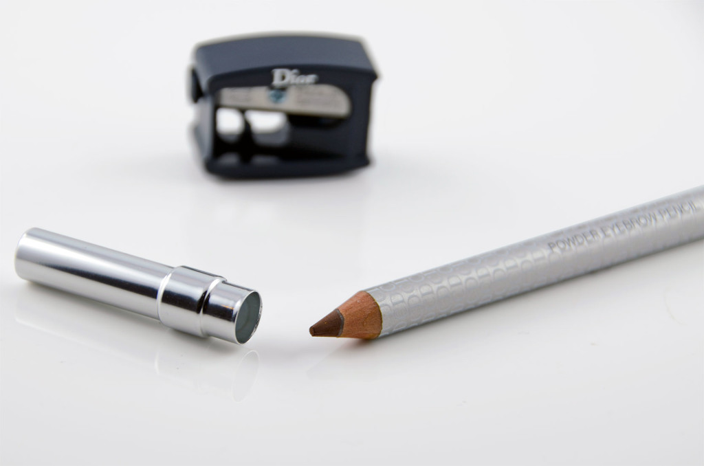 Dior Sourcils Poudre Augenbrauenstift im Detail